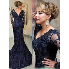Lace Court Train Trumpet/Mermaid Long Sleeves Mother of the Bride Dresses