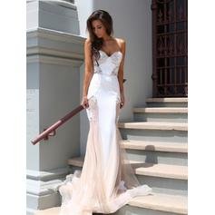 Trumpet/Mermaid Strapless Court Train Prom Dresses With Lace