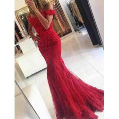Trumpet/Mermaid Off-the-Shoulder Sweep Train Prom Dresses With Appliques Lace