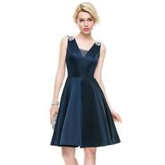 A-Line/Princess V-neck Knee-Length Satin Homecoming Dresses With Beading Sequins (022214083)