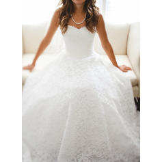 Stunning Floor-Length A-Line/Princess Wedding Dresses Sweetheart Lace Sleeveless