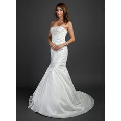 Delicate General Plus Strapless Trumpet/Mermaid Taffeta Wedding Dresses (002196892)