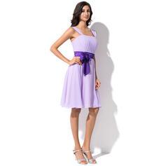 A-Linjainen Polvipituinen Sifonki Morsiusneitojen mekko jossa Rypytys Satiininauhavöitä Rusetti (007055192)