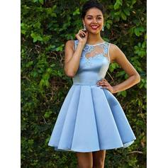 Applikationer Lace A-linje Kort/Mini Satin Homecoming Kjoler