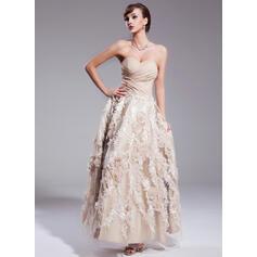 robes de mariée de longueur de thé en dentelle vintage