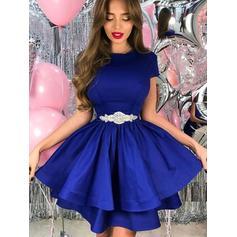 Vestidos princesa/ Formato A Curto/Mini Cetim Decote redondo Vestidos de boas vindas (022219320)