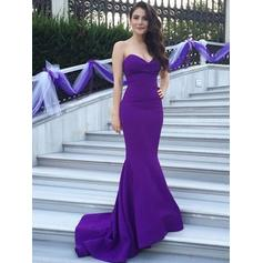Satin Sleeveless Trumpet/Mermaid Bridesmaid Dresses Sweetheart Sweep Train