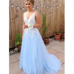 A-Line/Princess V-neck Tulle Sleeveless Sweep Train Appliques Evening Dresses