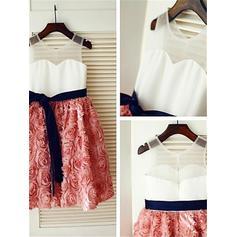 Scoop Neck A-Line/Princess Flower Girl Dresses Satin/Tulle Flower(s) Sleeveless Tea-length (010211950)