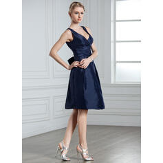 A-linjainen/Prinsessa V-kaula-aukko Polvipituinen Tafti Morsiusneitojen mekko jossa Rypytys Rusetti (007000926)