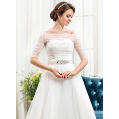 heart shaped neckline wedding dresses
