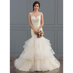 vin mère des robes de mariée