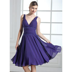 A-Line/Princess Chiffon Bridesmaid Dresses Ruffle Beading Sequins V-neck Sleeveless Knee-Length (007013960)