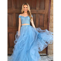 Ball-Gown Sweep Train Prom Dresses Off-the-Shoulder Tulle Sleeveless