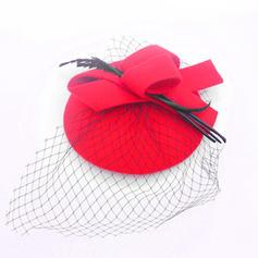 Señoras' Precioso Madera con Tul Boina Sombrero