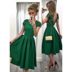 A-Line/Princess Satin Cocktail Dresses Beading Sequins Scoop Neck Short Sleeves Knee-Length