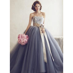 Ball-Gown Sweetheart Floor-Length Evening Dresses With Appliques