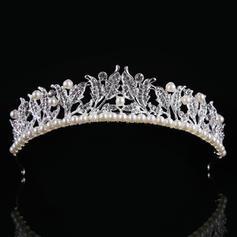 Señoras Elegante Aleación/La perla de faux Tiaras