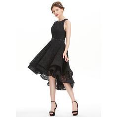 magasins de robes de bal du retour
