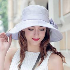Damer' Vackra Och polyester Kastare / Cloche Hat