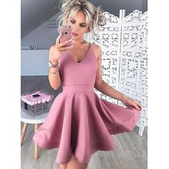 A-Line/Princess Ruffle Homecoming Dresses V-neck Sleeveless Short/Mini