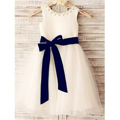 Scoop Neck A-Line/Princess Flower Girl Dresses Satin/Tulle Sash/Beading Sleeveless Knee-length
