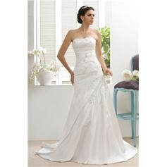 Sheath/Column Strapless Sweep Train Wedding Dresses With Beading Appliques Lace