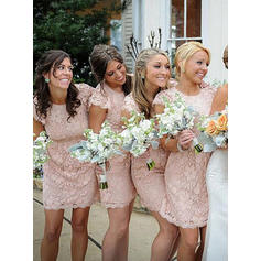Sheath/Column Lace Bridesmaid Dresses Scoop Neck Short Sleeves Knee-Length (007145170)