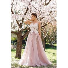 A-Line/Princess Floor-Length Prom Dresses With Appliques Lace