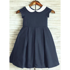 Simple Peter Pan Collar A-Line/Princess Flower Girl Dresses Knee-length Cotton Short Sleeves (010196728)