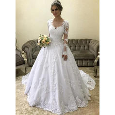 V-neck Ball-Gown Wedding Dresses Tulle Appliques Long Sleeves Court Train
