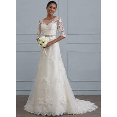 Sheath/Column Scoop Neck Court Train Lace Wedding Dress With Beading (002117021)