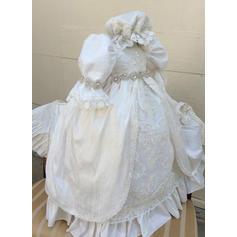 Satiné Dentelle Col rond Brodé Robes de baptême bébé fille avec manches 3/4 (2001216849)