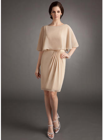 Luxurious Chiffon Scoop Neck Sheath/Column Mother of the Bride Dresses
