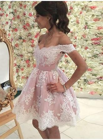 A-Line/Princess Short/Mini Homecoming Dresses Off-the-Shoulder Lace Sleeveless
