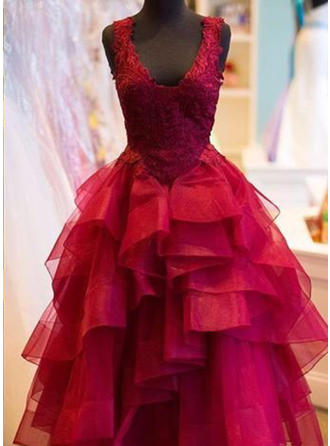Ball-Gown V-neck Floor-Length Tulle Prom Dress With Appliques Lace