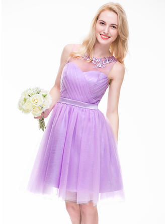 Tulle Sleeveless A-Line/Princess Bridesmaid Dresses Scoop Neck Ruffle Beading Appliques Lace Sequins Knee-Length