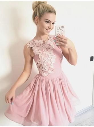 A-Line/Princess Chiffon Cocktail Dresses Appliques Lace Scoop Neck Sleeveless Short/Mini