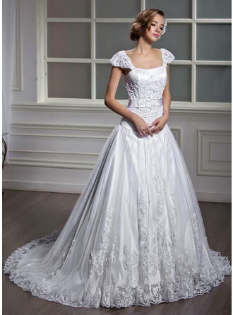 Modern Court Train A-Line/Princess Wedding Dresses Square Tulle Short Sleeves