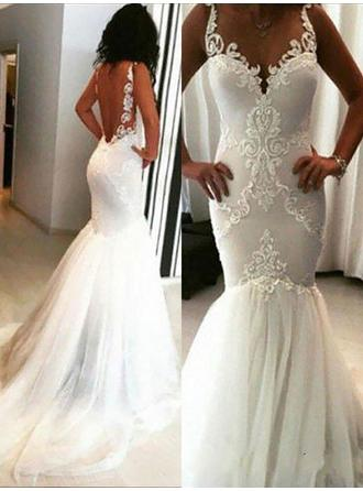 Trumpet/Mermaid Scoop Chapel Train Wedding Dress With Appliques Lace