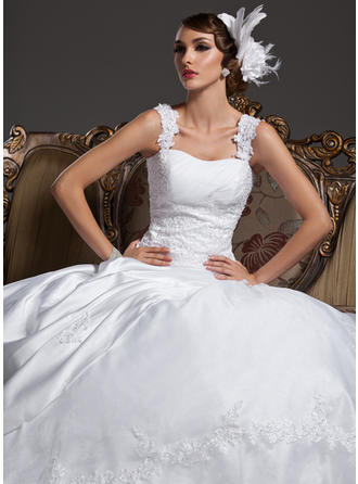 Ball-Gown Court Train Wedding Dress With Ruffle Lace Beading