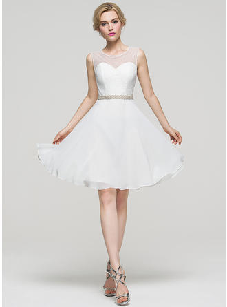 A-Line/Princess Scoop Neck Chiffon Sleeveless Knee-Length Beading Homecoming Dresses