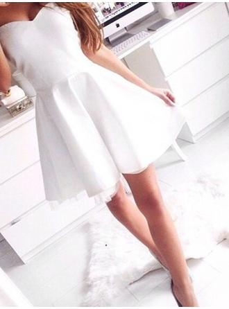 Short/Mini A-Line/Princess Satin Sleeveless Homecoming Dresses
