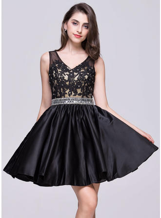 A-Line/Princess V-neck Short/Mini Satin Homecoming Dresses With Beading Appliques Lace Sequins