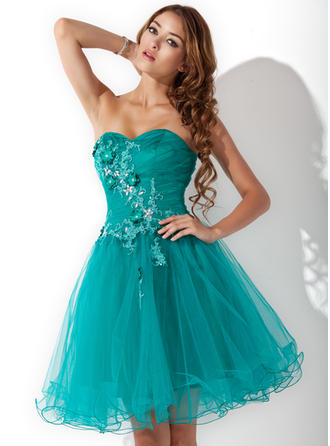 Simple Tulle Sleeveless Sweetheart Ruffle Beading Appliques Flower(s) Homecoming Dresses