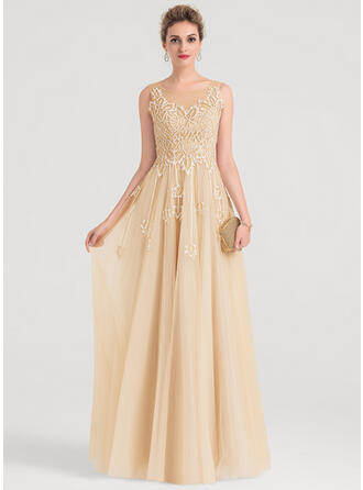 A-Line/Princess Scoop Neck Floor-Length Tulle Evening Dress With Sequins