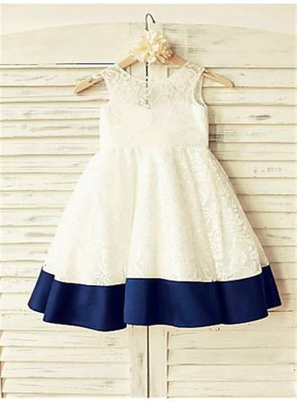 Mode Knielang A-Linie/Princess-Linie Blumenmädchenkleider U-Ausschnitt Lace Ärmellos (010211873)