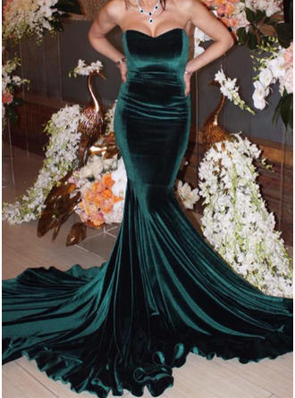 Modern Velvet Evening Dresses Chapel Train Trumpet/Mermaid Sleeveless Sweetheart