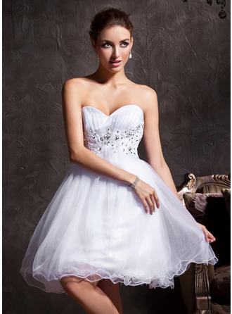 A-Line/Princess Sweetheart Short/Mini Tulle Homecoming Dresses With Beading Appliques Lace