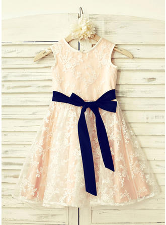 Simple Scoop Neck A-Line/Princess Flower Girl Dresses Knee-length Lace Sleeveless